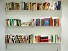Knihy z antikvariátu jsou milým zpestřením a zároveň slouží jako