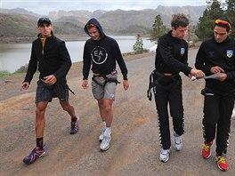 Roman Kreuziger (zcela vlevo) zažil teambuldingový kemp stáje Saxo Bank Tinkoff už před dvěma lety na Kanárských ostrovech. Spolu s ním i (zleva)  Nicholas Roche,  Chris Anker Sörensen a  Alberto Contador.