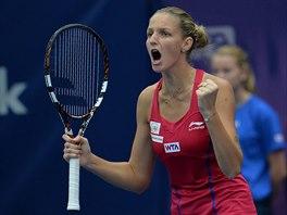 Karolína Plíšková ve vítězném gestu během finále turnaje v Linci.