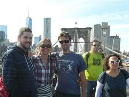 S kamar�dem Spencerem na slavn�m Brooklyn Bridge