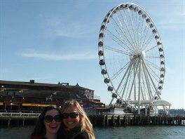 S kamar�dkou Nelou z �ech, kter� v Seattlu �ije.