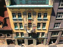 Langhans. Pal�c ve Vodi�kov� ulici v historii i dnes spjat� s fotografi�...