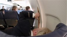 Trhlina v letadle