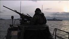 �védové hledají ruskou ponorku