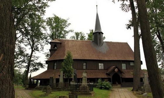 Kostel Panny Marie v Broumově je nejstarší celodřevěnou sakrální stavbou ve