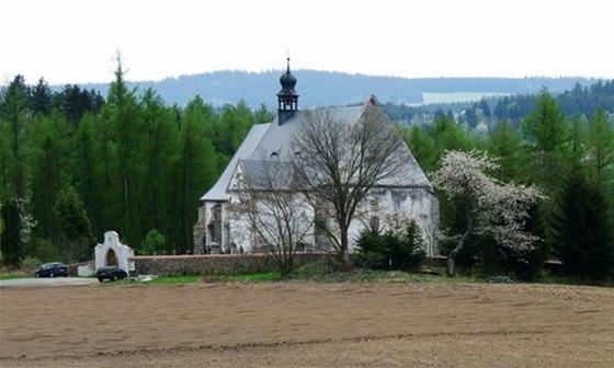 Kostel sv. Máří Magdalény na velhartickém hřbitově