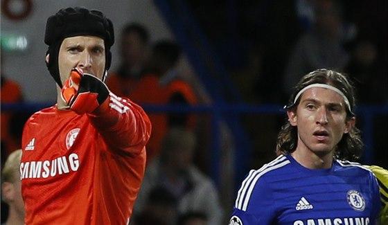 DOSTAL ŠANCI. Brankář Petr Čech nastoupil za Chelsea v Lize mistrů proti