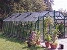 Vyberte si skleník pro vaši zahradu ještě na podzim
