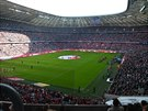 Zápas Bayern – Brémy, hraje první s posledním. Zkuste najít jedno volné místo...