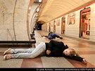 Stovky hasičů, záchranářů, vojáků a policistů nacvičovaly v pražském metru...