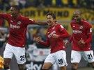 GÓLOVÁ OSLAVA. Hiroshi Kiyotake, fotbalista Hannoveru, oslavuje gól, který...