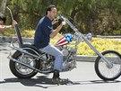 Aukce motocyklu z filmu Bezstarostná jízda (Easy Rider).
