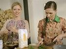 Linda pčipravuje celestýnské nudle s petrželkou do slepičího vývaru