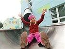 Tobogánové skluzavky budou sloužit k úniku dětí z budovy v případě nouze.