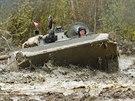 Tanky a těžká technika paradoxně pomáhají vzácným rostlinám a živočichům v bývalém vojenském prostoru Na Plachtě v Hradci Králové. (26. 10. 2014)
