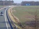 První viditelné zemní práce se na polích objevily v březnu letošního roku.
