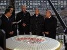 PO REKONSTRUKCI. Prezident FIFA Sepp Blatter (vpravo) a ruský prezident...