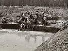 Práce na Baťově kanále začaly v roce 1934, o tři roky později bylo hotovo.