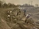 Práce na stavbě Baťova kanálu začaly v roce 1934, dokončený byl o 3 roky později.