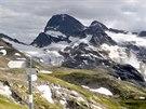 Pohled na Piz Buin (3 312 m n. m.) pohledem ze sedla Radsattel