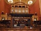 Instalace piana k Lisztovu koncertu