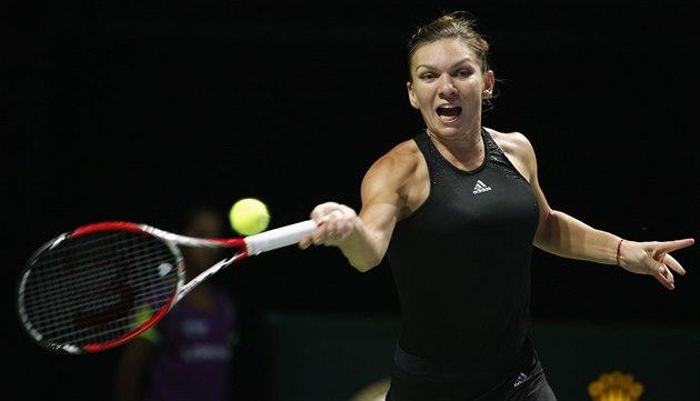 SUVERÉNNÍ VÝKON. Simona Halepová v semifinále Turnaje mistry� jasn� p�ehrála...