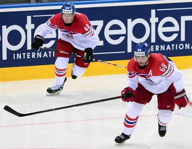 Jaromír Jágr (vpravo) a Tomá� Hertl jsou nejv�t�í �eské hv�zdy v NHL. Ob�ma se...