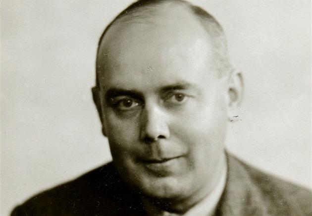 Eric Arthur Roberts. Naivní nacisté v Británii jej znali jako Jacka Kinga,...