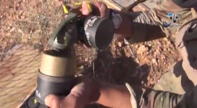 Americké zbran� pro Kurdy se v Kobani dostaly do rukou islamist�.
