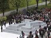 Odhalení památníku dezertér� z wehrmachtu ve Vídni. (24. �íjna 2014)