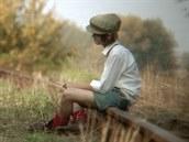 Záb�r z amatérského filmu And�lé na kolejích.