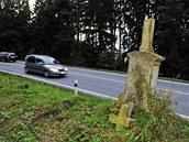 Jeden z k�í�� se nedávno rozlomil u silnice první t�ídy nedaleko Vílance na...