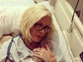 Spellingová zve�ejnila fotku z nemocnice a p�idala vzkaz, který nazna�uje...