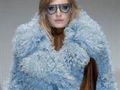 Pastelově modrý kabát Gucci, kolekce podzim - zima 2014/2015