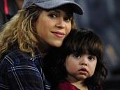 Shakira a její syn Milan (Barcelona, 18. �íjna 2014)