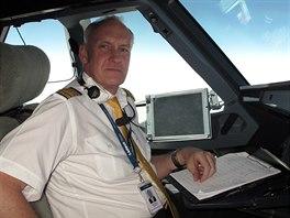 Karel Mündel létal 25 let pro ČSA, nyní přes rok pro kazašskou společnost Air Astana.