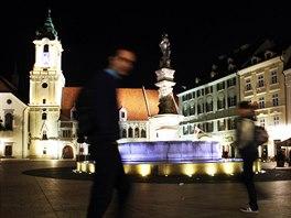 Hlavní bratislavské náměstí, kolem kterého jsou rozeseté  desítky restaurací a...