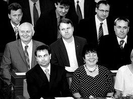 Jiří Carbol v poslanecké lavici (prostřední řada vpravo). Snímek z roku 2007.