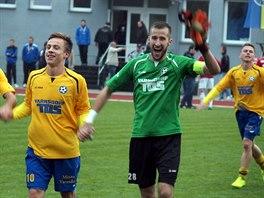 Fotbalist� Varnsdorfu slav� v�hru.