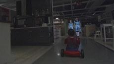 Singapurská pobo�ka nábytká�ské firmy IKEA vydala halloweenské video na motivy...