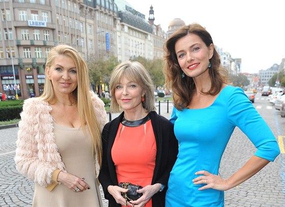 Martina Formanová, Anna Pořízková a Pavlína Pořízková v Praze (30. října 2014)