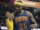 NEJVĚTŠÍ HVĚZDA. LeBron James v dresu Clevelandu.