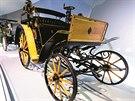 I tohle je mercedes. Jen z 19. století. Exponáty jsou k vidění v muzeu...