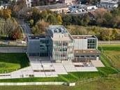 První budova budoucího kampusu Univerzity Karlovy u hradecké fakultní nemocnice.