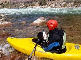 Na splutí řeky Colorado v Grand Canyonu měla šestnáctičlenná výprava tři týdny.