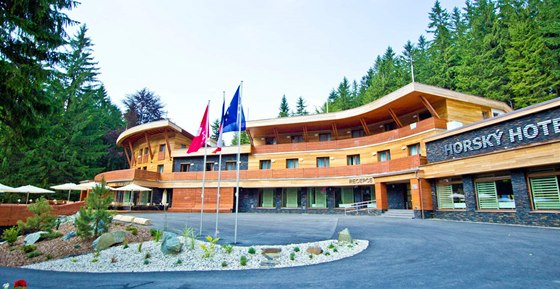 V kategorii hotel� z�skal titul horsk� hotel �eladenka.