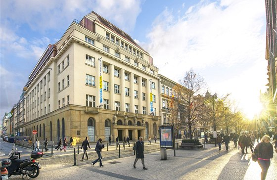 V kategorii rekonstruovan�ch kancel��sk�ch budov triumfoval projekt Na P��kop� 14.
