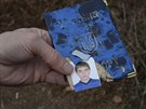 Dokumenty jednoho z chlapců, kteří zahynuli při ostřelování Doněcku (8. listopadu 2014)
