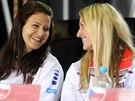 LOS. Lucie Šafářová a Petra Kvitová se smějí na slavnostním ceremoniálu na Staroměstské radnici, kde bylo vylosováno pořadí finále Fed Cupu mezi Českem a Německem.