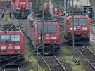 Lokomotivy Deutsche Bahn stojí v Hagenu během stávky (5. listopadu 2014).